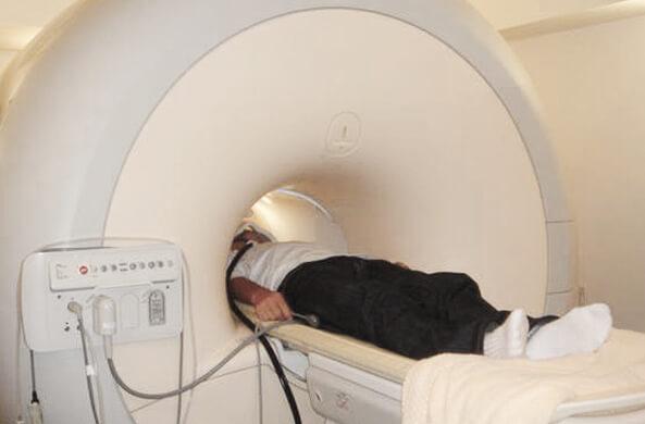 安全な脳の撮影